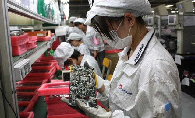 Công ty lắp ráp iPhone kinh doanh tệ nhất sau 20 năm