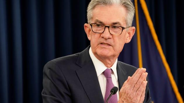 Chủ tịch Fed: Kinh tế Mỹ có thể giảm 30% nhưng không rơi vào Đại suy thoái