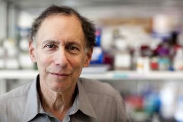 Giáo sư MIT sắp trở thành tỷ phú nhờ đầu tư vào công ty nghiên cứu vắc-xin Covid-19