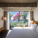 """<p class=""""Normal""""> Phòng ngủ cho tầm nhìn xanh mướt của biển.</p>"""