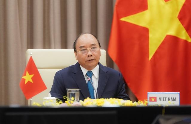 Thủ tướng Nguyễn Xuân Phúc cho rằng hơn bao giờ hết, các nước cần tăng cường đoàn kết quốc tế, huy động các nguồn lực, ứng phó hiệu quả với đại dịch Covid-19. Ảnh: VGP/Quang Hiếu