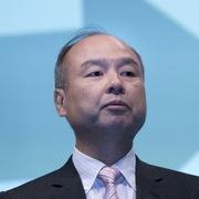 Tỷ phú Nhật Bản thừa nhận 'dại dột' vì đầu tư hàng tỷ USD vào WeWork
