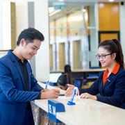 Sacombank chinh phục thị trường bán lẻ bằng chất lượng