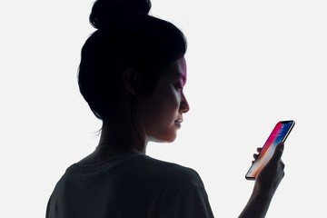 Apple tung ra iOS 13.5 với cập nhật Face ID và phát hiện phơi nhiễm Covid-19