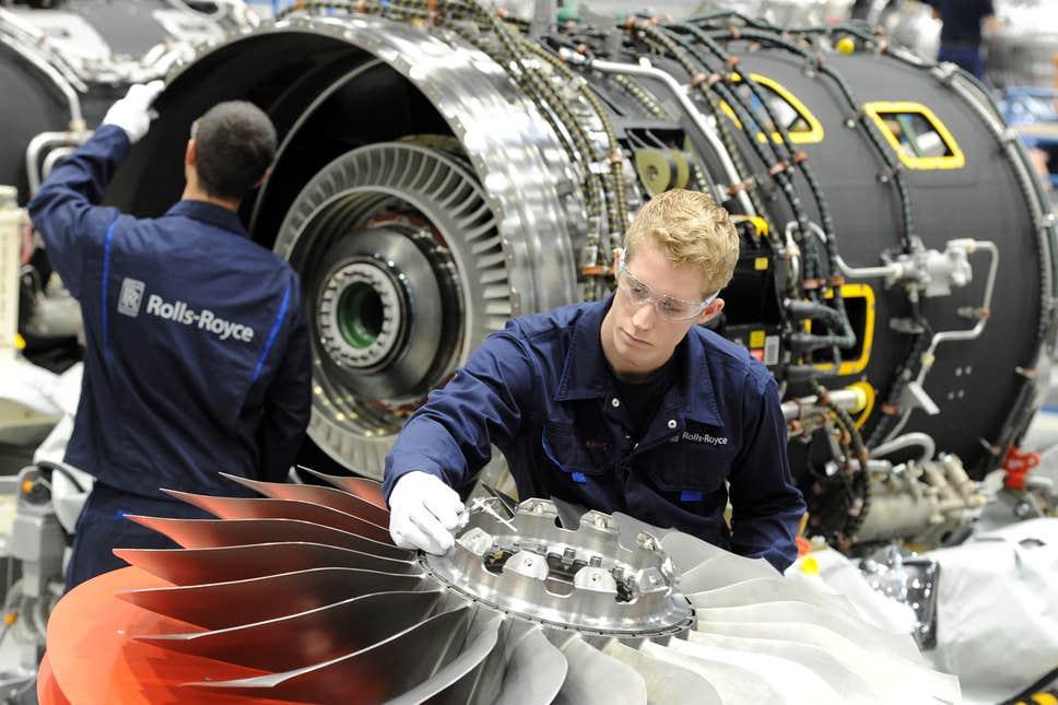 Rolls-Royce giảm gần 20% nhân sự, mạnh tay nhất 30 năm