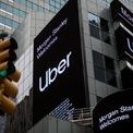 """<p class=""""Normal""""> <strong>Uber, Mỹ</strong></p> <p class=""""Normal""""> Vốn hóa thị trường: 59,4 tỷ USD</p> <p class=""""Normal""""> Uber – công ty từng giữ vị trí startup giá trị nhất thế giới trong một thời gian dài - là một trong những doanh nghiệp được quỹ Tầm nhìn của SoftBank đổ nhiều vốn đầu tư nhất. Tuy nhiên, thời gian qua, Uber liên tục đối mặt với nhiều khó khăn khi kinh doanh thua lỗ, phải sa thải hàng loạt nhân viên vì đại dịch Covid-19. (Ảnh: <em>Bloomberg</em>)</p>"""