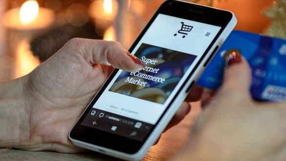 e-commerce-pixabay-e1535695318-3781-1689
