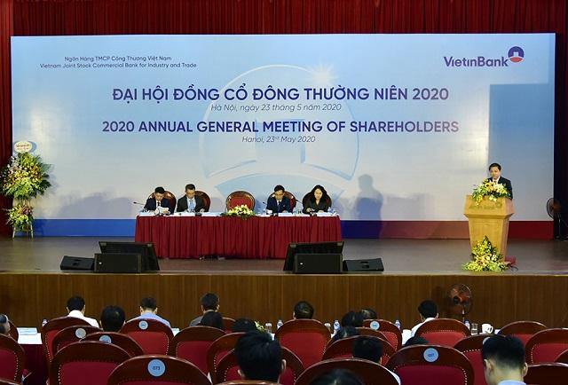 Chủ tịch Lê Đức Thọ phát biểu tại phiên họp cổ đông thường niên 2020. Anhr: VietinBank
