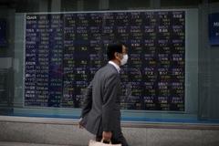 Chứng khoán châu Á tăng, theo dõi căng thẳng Mỹ - Trung