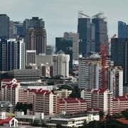 Lo kinh tế suy thoái, nhà giàu Trung Quốc đổ xô mua bất động sản hạng sang