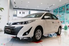 Đại lý cắt giảm khuyến mãi, giá ôtô tăng, khách hàng bức xúc