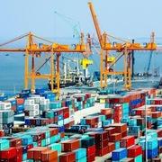 Hàng hóa qua cảng biển tăng trở lại