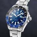 """<p class=""""Normal""""> <strong><span>1. TAG Heuer Aquaracer GMT 2020</span></strong></p> <p class=""""Normal""""> <span>Thương hiệu đồng hồ Thụy Sĩ TAG Heuer đã trình làng phiên bản cập nhật năm 2020 của dòng đồng hồ thợ lặn thể thao GMT, mang đến cho những người đam mê sự đổi mới cơ hội sở hữu một chiếc đồng hồ đeo tay """"Batman"""" với giá cả dễ chịu hơn. Đây là một tín hiệu vui trong bối cảnh tình hình kinh tế ảm đạm do ảnh hưởng của đại dịch Covid-19.</span></p>"""