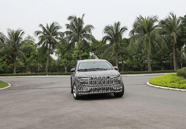 VinFast chạy thử ôtô điện