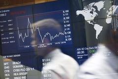 Mỹ sắp ra chính sách mới với Trung Quốc, chứng khoán châu Á giảm