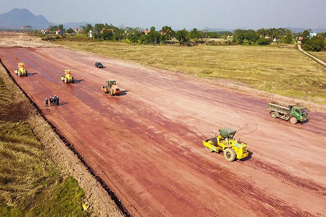 hi công những hạng mục đầu tiên của Dự án BOT cao tốc Móng Cái - Vân Đồn.