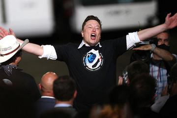 Elon Musk và tham vọng giảm chi phí bay vào vũ trụ