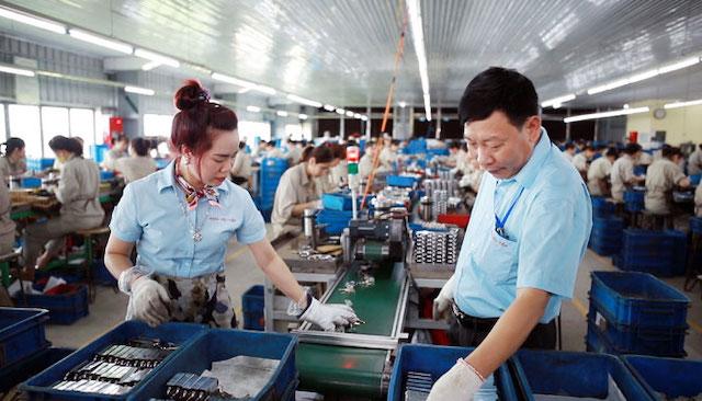 Hỗ trợ doanh nghiệp sản xuất lên sàn thương mại điện tử
