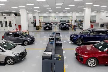 VinFast tặng phí trước bạ cho khách mua xe Lux, cao nhất 223 triệu đồng
