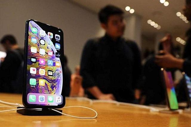 Apple bị kiện vì 'thổi phồng' nhu cầu mua sắm iPhone