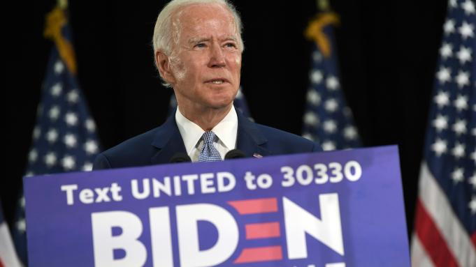 Joe Biden chính thức trở thành ứng cử tổng thống đảng Dân chủ