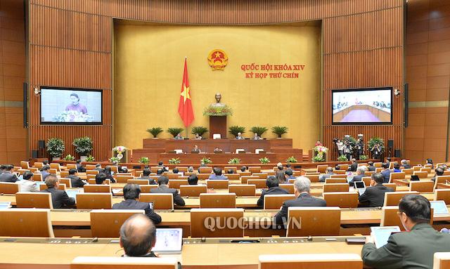 Tại ngày làm việc đầu tiên, giai đoạn hai, kỳ họp thứ 9 Quốc hội khóa XIV đã thông qua EVFTA và EVIPA. Ảnh: Quốc hội.