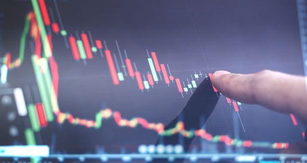 Thanh khoản vượt 10.000 tỷ đồng, VN-Index giảm đà tăng còn gần 14 điểm