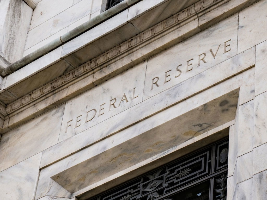 Fed nới lỏng điều kiện chương trình cho vay Main Street