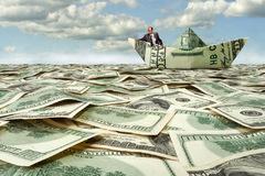 Cả thế giới có bao nhiêu tiền?
