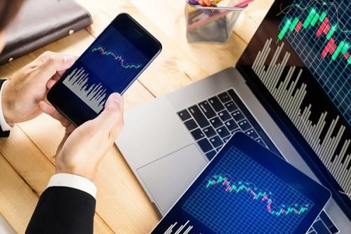 Nhiều cổ phiếu vốn hoá lớn giảm sàn, khớp lệnh đạt mức cao nhất kể từ tháng 2/2018