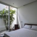 <p> Với lợi thế 2 mặt tiền, cùng với diện khu đất rộng, các căn phòng trong nhà đều có thể đón ánh sáng tự nhiên.</p>