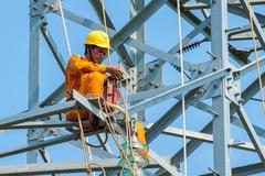 Hóa đơn tiền điện ở miền Bắc lại tăng vọt