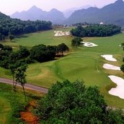 2 dự án sân golf hơn 1.800 tỷ đồng ở Bắc Giang và Hòa Bình được phê duyệt chủ trương đầu tư