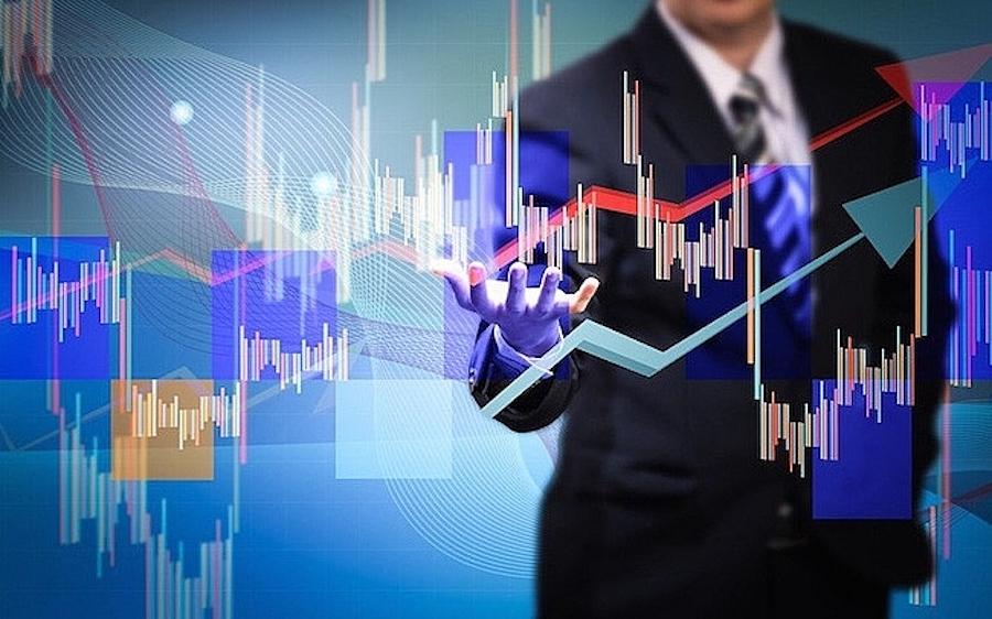 Cổ phiếu khu công nghiệp và cao su hút dòng tiền, VN-Index lấy lại sắc xanh