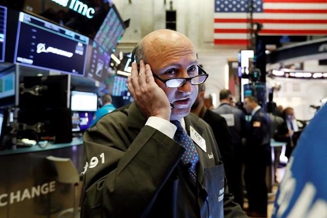 Dow Jones và S&P 500 kết thúc đợt tăng dài 3 ngày.