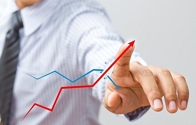 Nhóm phân bón hoá chất bứt phá, VN-Index tăng nhẹ gần 3 điểm