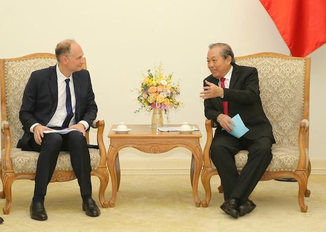 Phó Thủ tướng Trương Hòa Bình vừa có buổi làm việc vớiPhó Chủ tịch Tập đoàn Techonic Industries