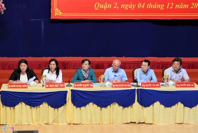 Tổ đại biểu Quốc hội TP.HCM đơn vị 7 và đại biểu HĐND quận 2. Ảnh: Quang Huy.