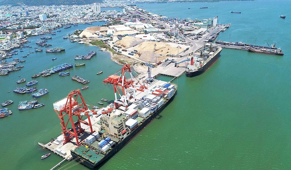 Cảng Quy Nhơn bị phạt 100 triệu đồng do không báo cáo theo quy định