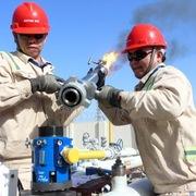 Số liệu kinh tế tích cực, giá dầu tăng