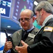 Phố Wall tăng điểm, S&P 500 sắp có quý tốt nhất kể từ năm 1998