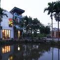 <p> Ngôi nhà có chiều rộng 4m, chiều dài 13m. Với diện tích đất 52 m2, được xem như ngôi nhà ống điển hình ở Việt Nam.</p>
