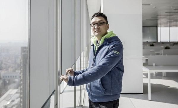 Kiếm được 25 tỷ USD trong 6 tháng, đối thủ của Jack Ma từ chức CEO của Pinduoduo