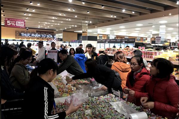Nielsen: 76% người tiêu dùng Việt chuộng hàng nội địa