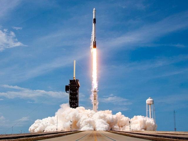 spacex-5726-1593827588.jpg