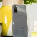 """<p class=""""Normal""""> <strong>Smartphone Android tốt nhất: Samsung Galaxy S20</strong></p> <p class=""""Normal""""> Là smartphone hàng đầu của Samsung trong năm 2020, Galaxy S20 có màn hình AMOLED 6,2 inch rực rỡ ở mọi góc nhìn, khả năng sạc ngược không dây, thiết kế chống nước và 3 camera phía sau. Nếu tài chính tốt hơn, bạn có thể chọn Galaxy S20 Plus hoặc S20 Ultra.</p>"""