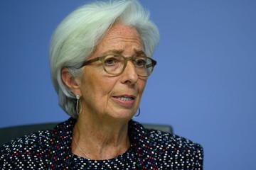Ngân hàng Trung ương châu Âu: Covid-19 sẽ khiến chuỗi cung ứng suy giảm 35%, robot hoá tăng 70-75%