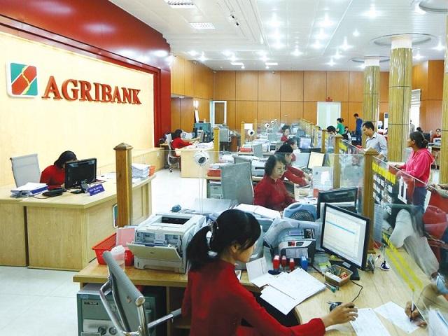 Agribank vừa có đợt giảm lãi suất cho vay lần thứ ba liên tiếp. Ảnh: Đức Thanh