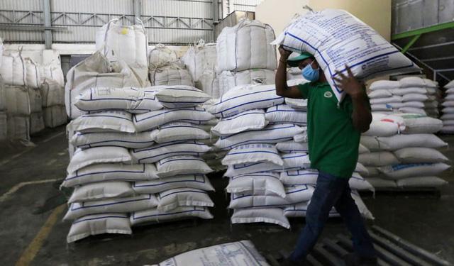 Xuất khẩu gạo của Campuchia tăng mạnh trong 6 tháng đầu năm - Ảnh 1.