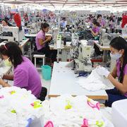 Nhiều doanh nghiệp lên kế hoạch giảm lao động